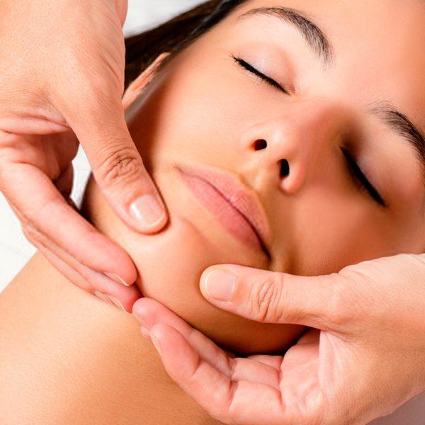 Lifting facial japonès o Massatge Kobido